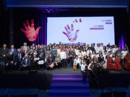 Diseño de escenario en la gala de los premios solidarios del seguro 2019